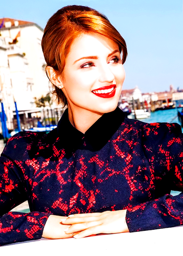 Dianna Agron wallpaper possibly containing a portrait titled Dianna Glamour Photoshoot 2013