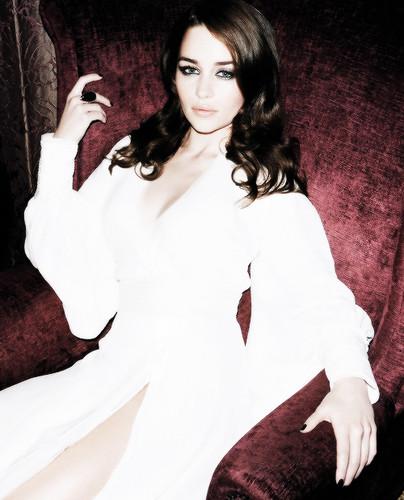 Emilia Clark. ~