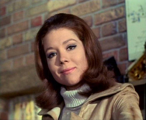 Diana Rigg kertas dinding containing a portrait titled Emma Peel