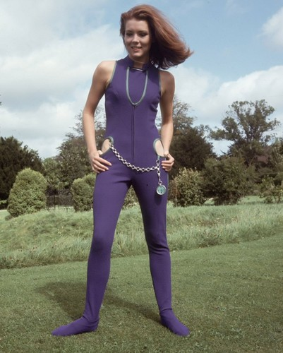 Diana Rigg kertas dinding possibly containing tights, a legging, and a pakaian bermain, playsuit entitled Emma Peel