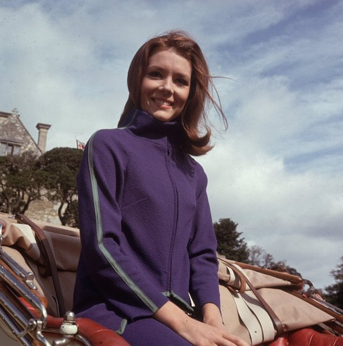 Diana Rigg kertas dinding possibly containing a hud, hood entitled Emma Peel