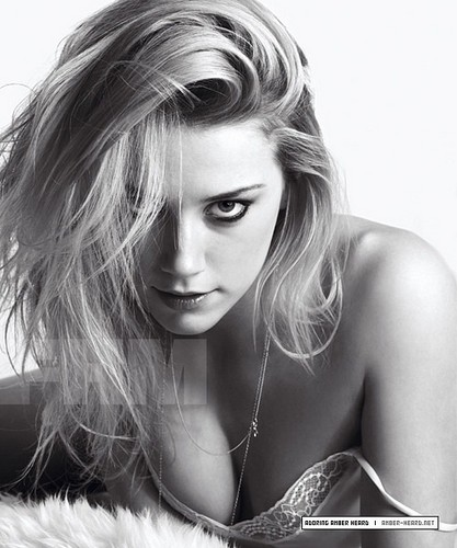 amber heard wallpaper possibly containing a portrait and skin called FHM (2008)