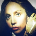 Gaga kwa Inez & Vinoodh