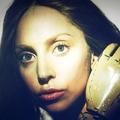 Gaga 由 Inez & Vinoodh