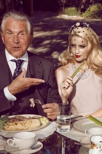Harper's Bazaar (2009)