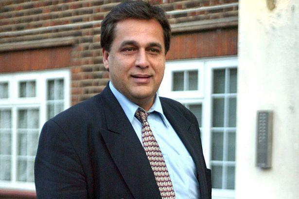 hati, tengah-tengah surgeon Hasnat Khan