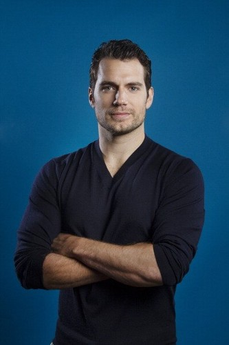Henry Cavill photographed によって Kirk McKoy for Los Angeles Times in Burbank, CA (May 30, 2013).