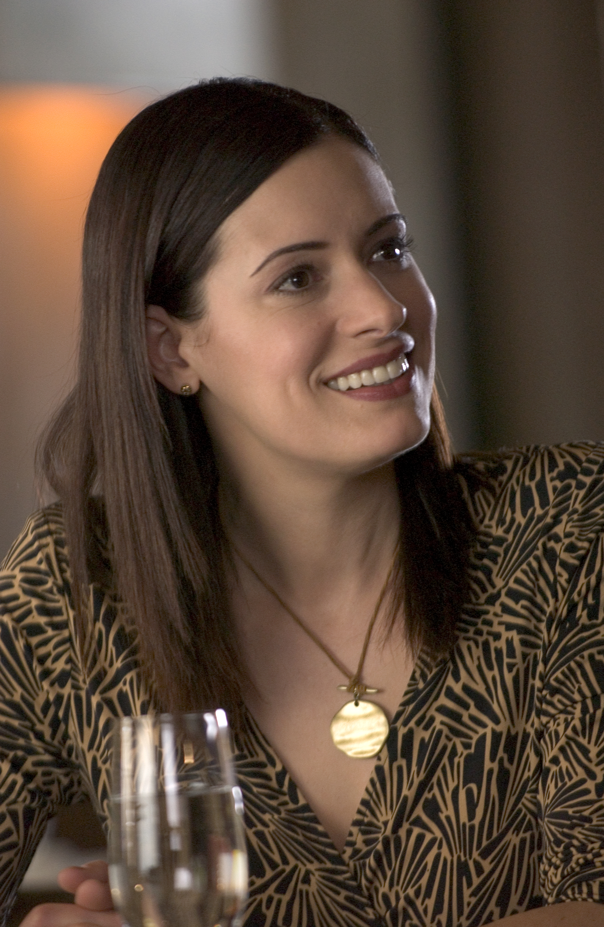 Paget Brewster But here with neutral-neutral it's better ...
