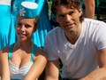 Jagr and sexy drum majorette..