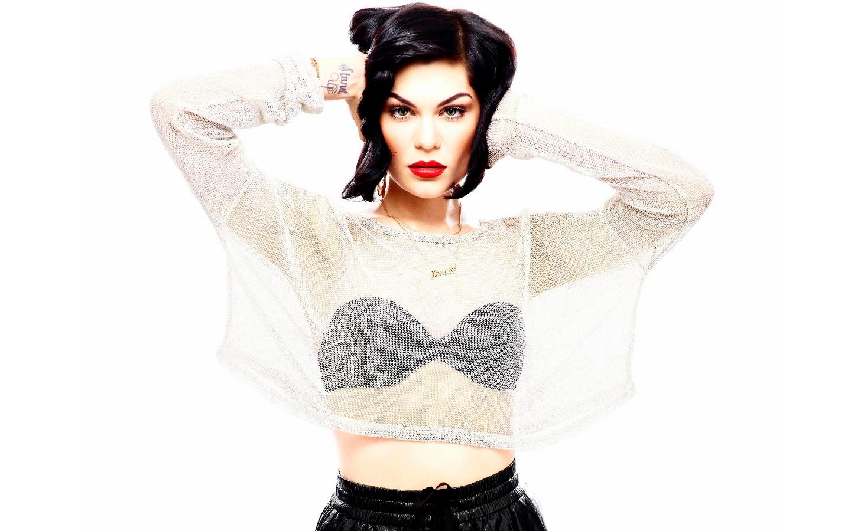 Jessie J classy
