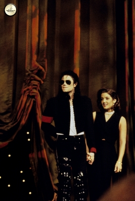 Michael And First Wife, Lisa Marie Presley - The Jackson 5 Photo (35248988) - Fanpop