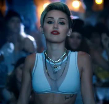 Miley Screen Shot on Miley Screen Shot on MTV VMA 2013 TV Spot