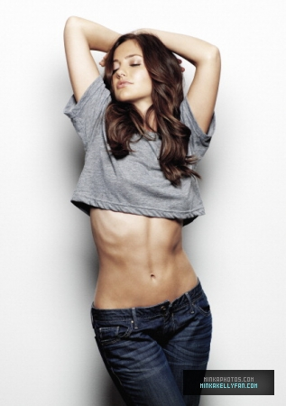 Minka Kelly wallpaper possibly containing a jean, bellbottom trousers, and a pantleg entitled Minka Kelly