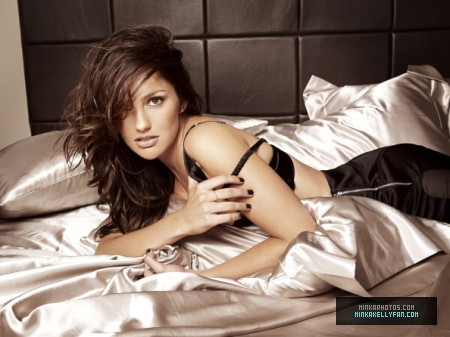 Minka Kelly wallpaper possibly containing skin called Minka Kelly