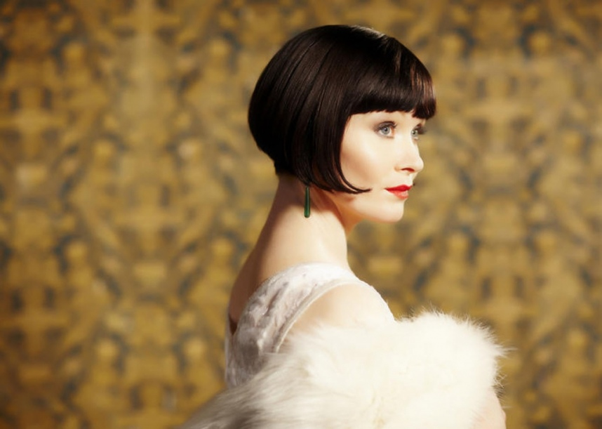 IMAGE(http://images6.fanpop.com/image/photos/35200000/Miss-Phryne-Fisher-miss-fishers-murder-mysteries-35200487-858-611.jpg)