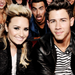 Nick & Demi - the-jonas-brothers icon