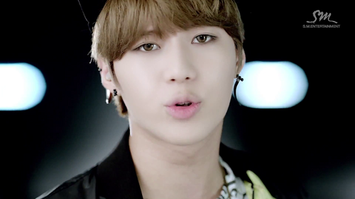 "Taemin in Henry's MV ""Trap"""