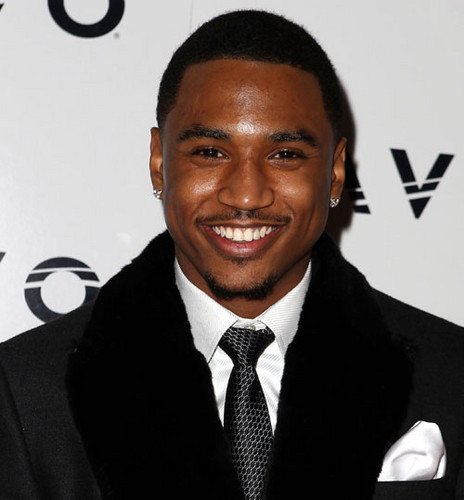 Trey Songz wallpaper with a business suit called Trey's Sweet smile