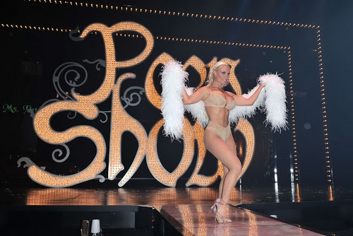 Nicole Coco Austin wallpaper possibly containing a sign entitled amazing coco