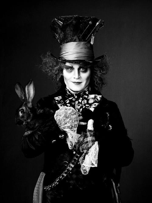 Johnny Depp changing into The Mad Hatter