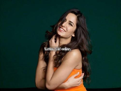 Katrina Kaif karatasi la kupamba ukuta probably with attractiveness titled photoshoot 4 slice ad