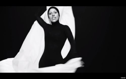 'Applause' muziek Video