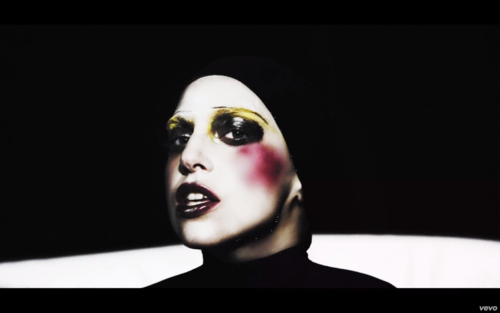 'Applause' muziki Video