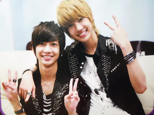 Boyfriend fond d'écran possibly containing a well dressed person and a portrait called ★ღ♦Jo Twins♦ღ★