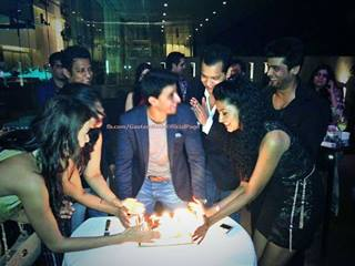 Saraswatichandra (TV series) karatasi la kupamba ukuta called @ gautam birthday bash