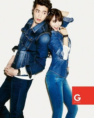 4minute's HyunA for 'G oleh GUESS'