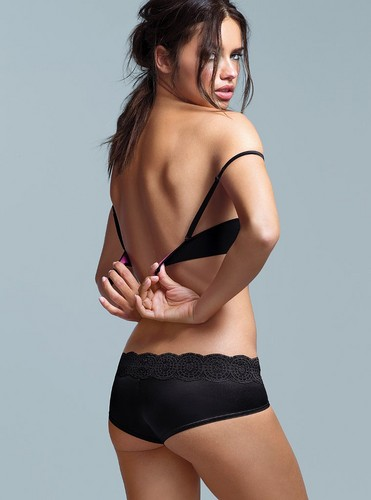 adriana lima fondo de pantalla possibly with a bikini, a brassiere, and attractiveness entitled Adriana Lima
