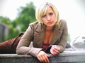 Allison - allison-mack wallpaper