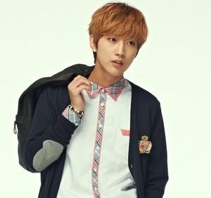 B1A4's Jinyoung 'SMART' School Uniform!