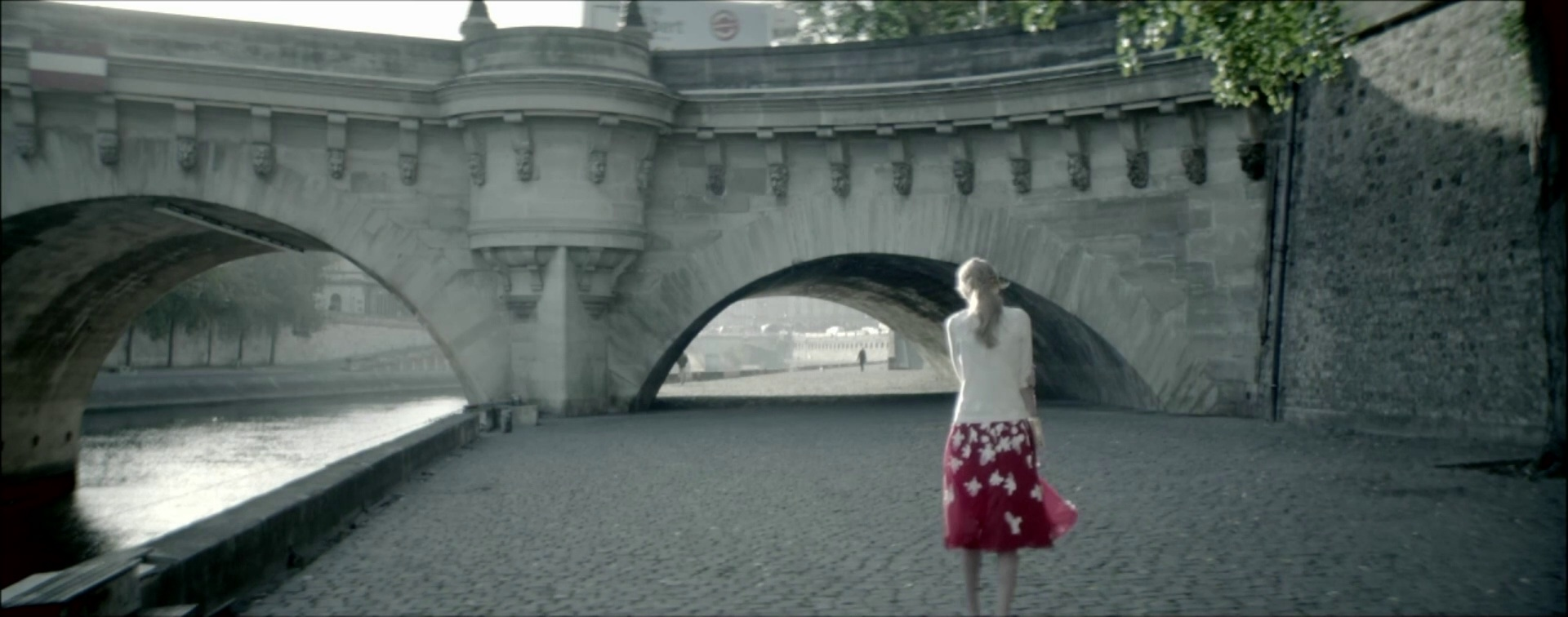 Download taylor swift begin again waptrick