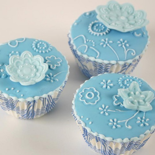 Colors wallpaper entitled Blue Cupcake