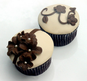 Brown 纸杯蛋糕 ♥