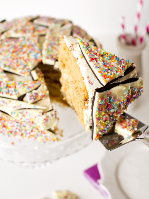 How To Use Popping Candy In Cakes