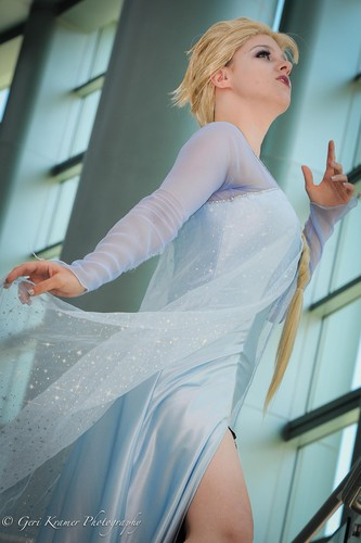 Elsa from Disney's Frozen cosplay