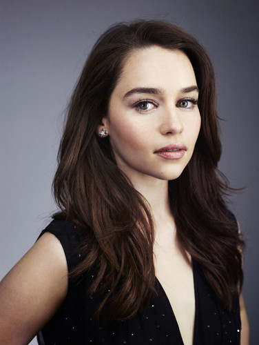 Emilia Clarke fond d'écran containing a portrait called Emilia Clarke