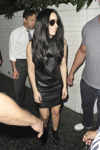 GaGa Arriving at महल, शताब्दी, chateau Marmont, Los Angeles (August 17)