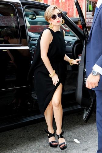 Gaga Arriving at Z100 Studios (Aug. 19)