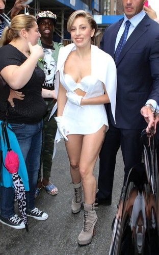 Gaga Heading to Times Square (Aug. 19)