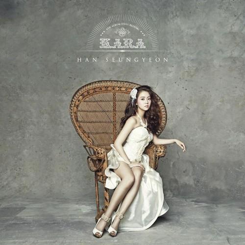KARA 바탕화면 with a 테니스 racket titled KARA - 'Full Bloom'