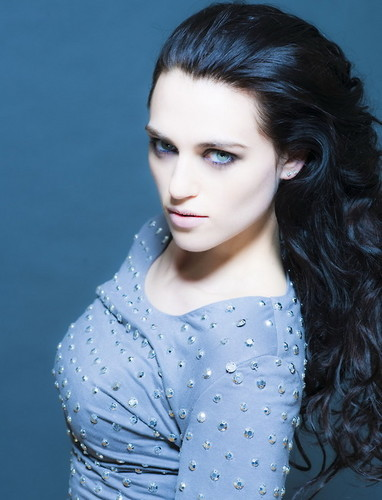 Katie McGrath Hintergrund possibly with a portrait entitled Katie