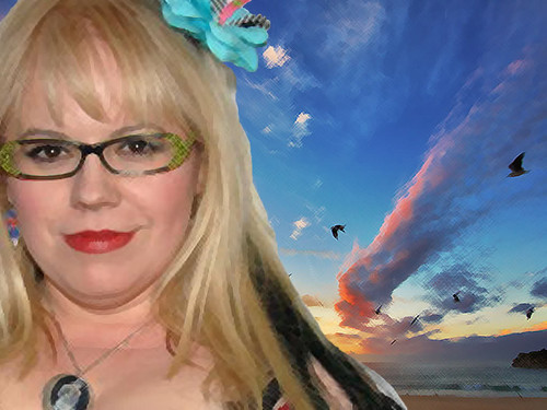 커스틴 뱅스니스 바탕화면 possibly with a portrait entitled Kirsten Vangsness