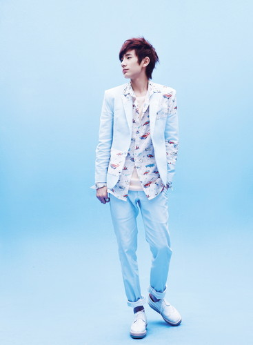 Boyfriend wallpaper with a well dressed person called Love Style Promo