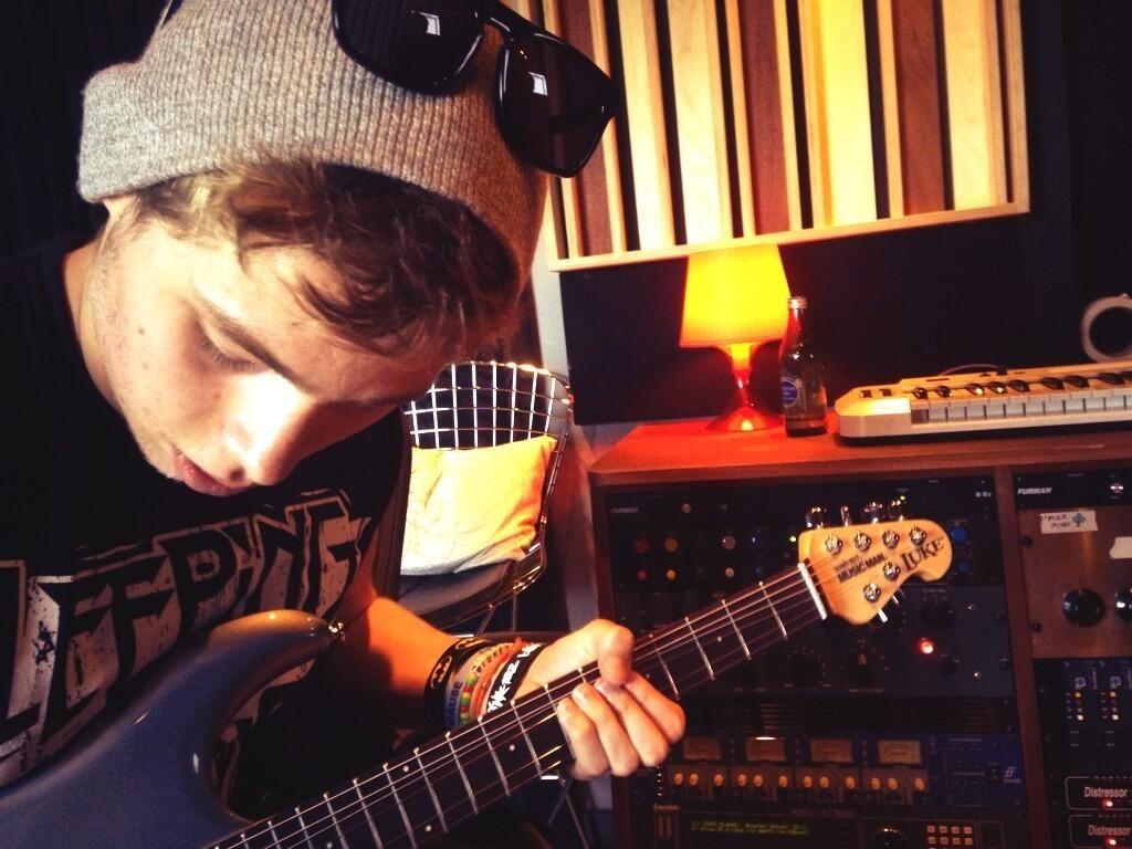 Luke's violão, guitarra
