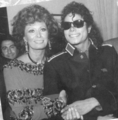 Michael And Sophia Loren - michael-jackson photo