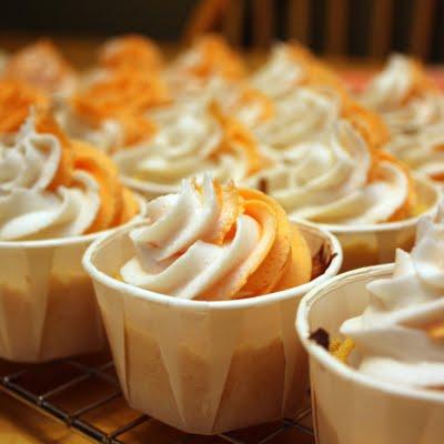 jeruk, orange cupcake