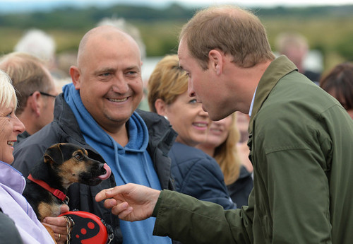 Prince William Visits the Anglesey tunjuk
